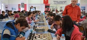 """Ortaca'da """"Atatürk Yaşıyor"""" satranç turnuvası"""