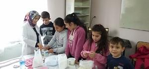 Hisarcık'ta öğrencilere Kokulu Taş Kursu