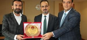 """Op. Dr. Yıldız, """"Bizi gururlandıran her sporcunun ve kulübün yanında olduk"""""""