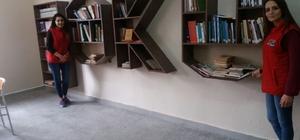 Vos26 üyeleri kütüphane yapımına öncü oldu