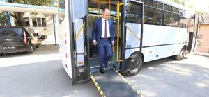 aşkan Gürlesin'den engellilere otobüs desteği