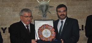 AK Parti Aydın İl Başkanı Özmen, görevi Ertürk'e devretti