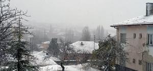 Keskin'e mevsimin ilk karı düştü