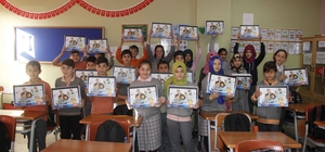 Kocaeli Büyükşehir Belediyesi çocukların yüzünü güldürüyor