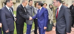 Vali Güzeloğlu Kayapınar ilçesinde muhtarlar toplantısına başkanlık etti