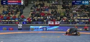 Kayseri Şekersporlu milli güreşçi dünya şampiyonu oldu