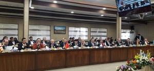 Rektör Yardım, Merkezi Asya Üniversiteler Birliği Toplantısına katıldı