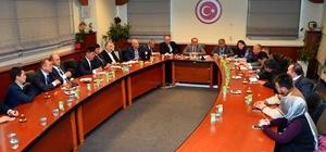 Kırgız belediye başkanlarına Bağcılar'da finans yönetimi sunumu