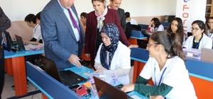 Koca, İçel Anadolu Lisesi'nin 'Robotik Kodlama Atölyesi'ni inceledi