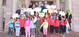 Biga'da Çocuk Hakları Günü çerçevesinde sözleşme imzalandı