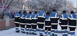 Kocasinan Belediyesinden karla mücadele mesaisi