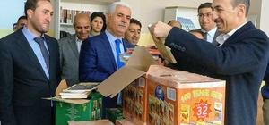 Edremit Belediyesinden okullara 20 bin kitap
