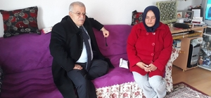 Vali Şentürk Çekiç Ali'nin torununu ziyaret etti