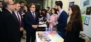 Uşak Üniversitesi öğrenci toplulukları stant açtı