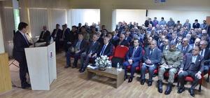 Vali Arslantaş, Erzincan'ın Tercan ve Üzümlü ilçelerindeki muhtarlar ile bir araya geldi