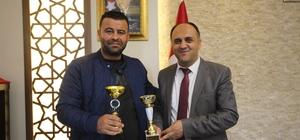 Hatay'dan kupayla dönen off-road pilotundan Özaltun'a ziyaret