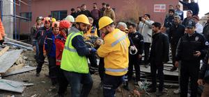 GÜNCELLEME - Çankırı'da cami inşaatında çökme: 3 yaralı
