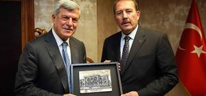 Başkan Karaosmanoğlu, AK Parti Genel Başkan Yardımcısı Karacan'ı ağırladı