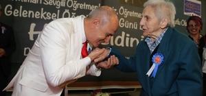 """Başkan Akgün: """"Öğretmen, eli öpülecek insandır"""""""