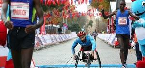 Avrasya şampiyonu milli sporcuya AutoShow26 sponsor oldu