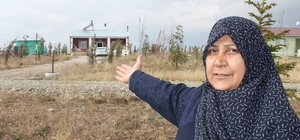 35 yıl sonra İstanbul'dan Erzurum'a dönerek çiftçilik yapmaya başladı