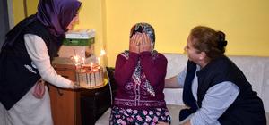 Kocaeli'de 112 yaşındaki kadına doğum günü sürprizi
