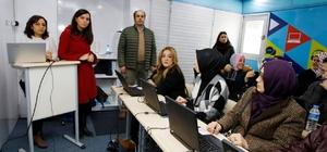 Türk Telekom'dan küçükçekmeceli kadınlara teknoloji eğitimi