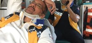 Mersin'de ambulansla hafif ticari araç çarpıştı: 7 yaralı
