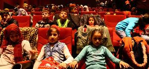 Suriyeli çocuklar sinemayla tanıştı