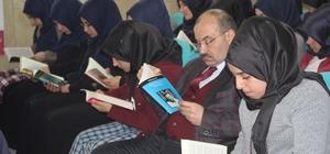 Vali Ustaoğlu'ndan kız öğrencilere ziyaret