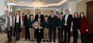 Erzurum'da 24 Kasım Öğretmenler Günü çeşitli etkinliklerle kutlandı