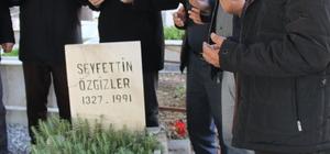Şoförlerden öğretmeni gibi bildikleri Özgizler'in mezarına ziyaret