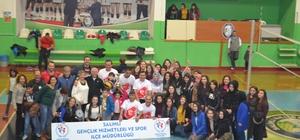 Salihli'de '24 Kasım Voleybol Turnuvası' düzenlendi