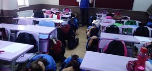 """Ortaokullarda """"Afet Bilinci ve Deprem"""" Konulu Eğitimler Devam Ediyor"""