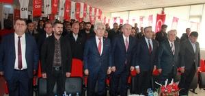 CHP'li Karahanlı güven tazeledi