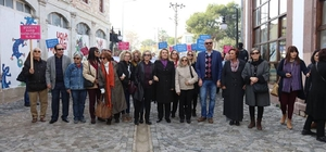 Urlalı kadınlar şiddete karşı yürüdü