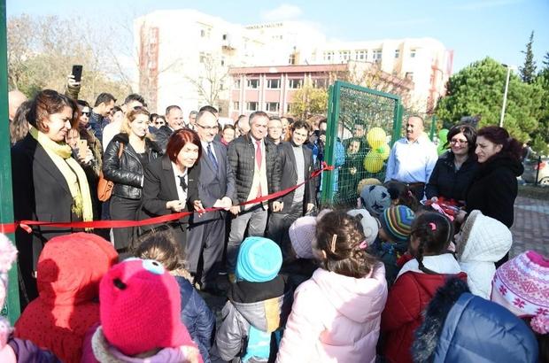 İstanbul Üniversitesi Avcılar Yerleşkesi  çocuk parkına kavuştu