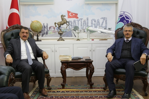 Başkan Gürkan'dan BİLSAM'a övgü
