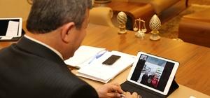 Başkan Karabacak vatandaşlarla yüz yüze sohbet ediyor