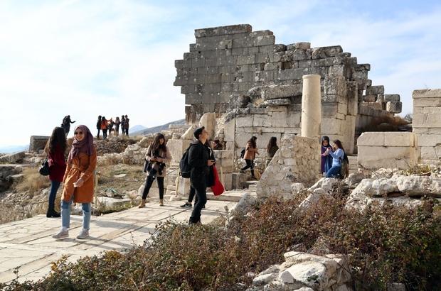 SDÜ'lü 900 kaşif Batı Akdeniz'i keşfediyor
