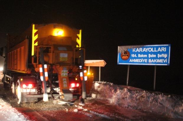 Erzincan'da kar yağışı ulaşımı olumsuz etkiliyor
