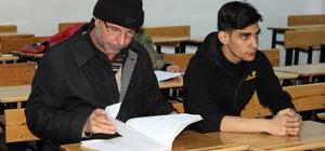 Yozgat'ta mülteciler Türkçe öğreniyor