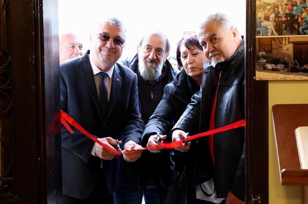 Aydın'dan gelip Edremit'te fotoğraf sergisi açtılar