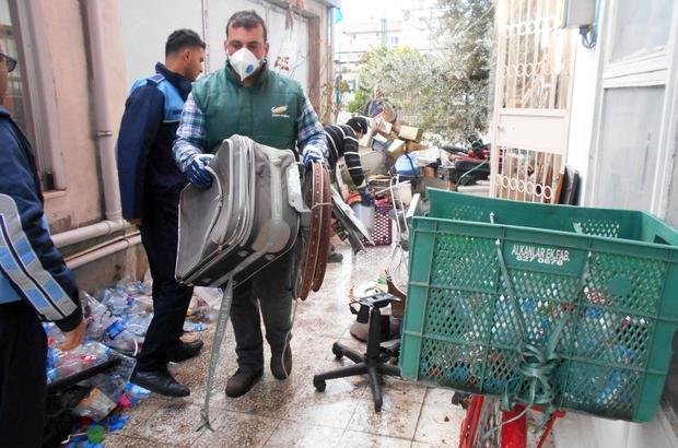 Tarsus'ta çöp ev operasyonu