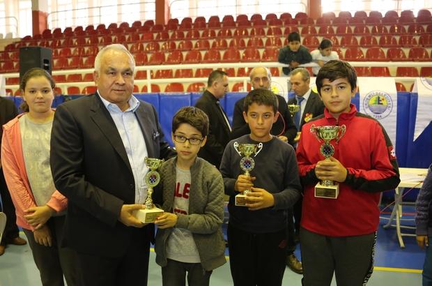 Erdemli'de satranç şampiyonları belli oldu