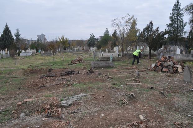 Batman'da deforme olmuş mezarlar yenileniyor