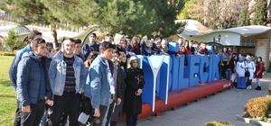''Diriliş Gezisi'' kapsamında yüzlerce öğrenci Bilecik'e geldi