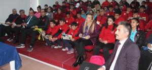 Ağrı'da sporculara uyuşturucu ile mücadele eğitimi