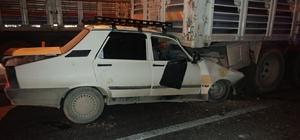 Konya'da otomobil kamyona çarptı: 3 yaralı
