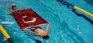 Taşköprü'de engelli çocuklardan yüzme gösterisi yapı